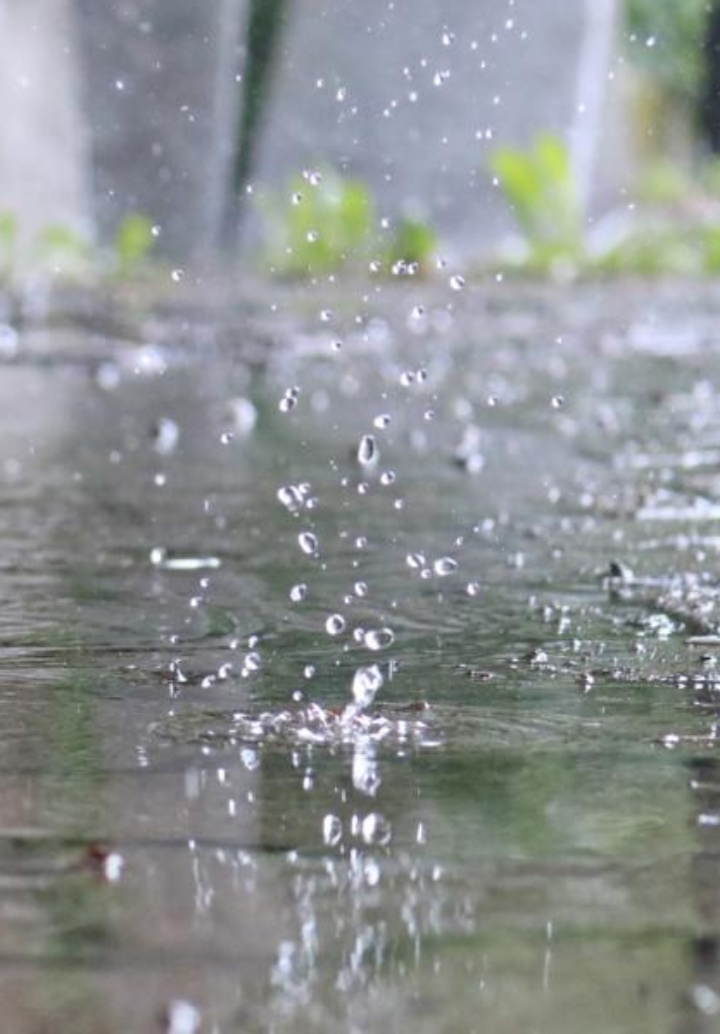 Precipitation on impermeable surface (c)
