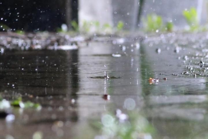 Precipitation on impermeable surface (c)